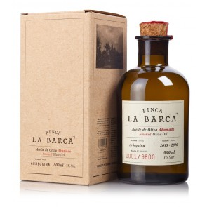 "Smoked Olive Olive ""Finca La Barca"" 500 ml. Bottle - Gift Box"